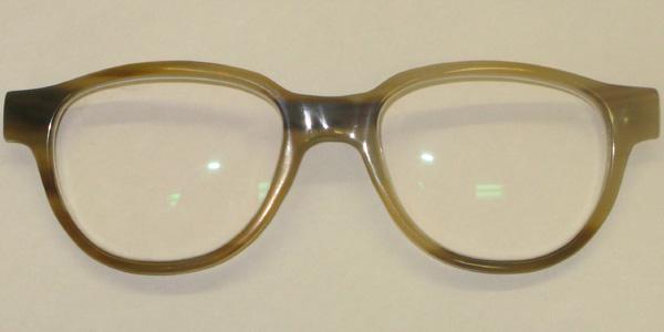 grosse Brillen handgefertigt aus Büffelhorn